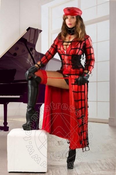 Mistress Mara Osner  ALBA ADRIATICA 339 7335665